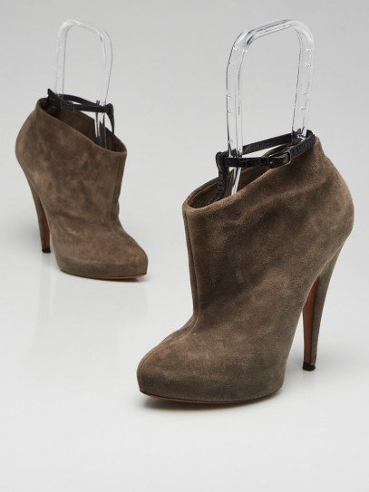 Givenchy Grey Suede Ankle Booties Size 6.5/37