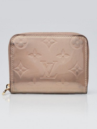 Louis Vuitton Beige Poudre Monogram Vernis Zippy Coin Purse