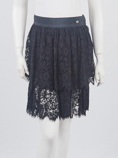 Chanel Black Cotton Blend Lace Tiered Shorts Size 4/38