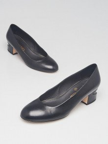 Chanel Black Leather Mid Heel Pearl Pumps Size 5.5/36